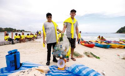 จิตสาธารณะซีพี ออลล์ ร่วมพายคายัคเก็บขยะเกาะเสม็ด ต้อนรับวันสิ่งแวดล้อมโลก!